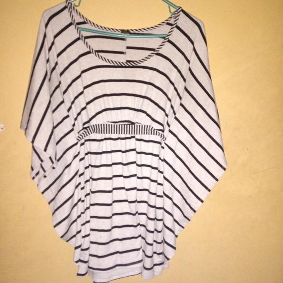 Poof! Tops - Short sleeve black stripes winged shirt